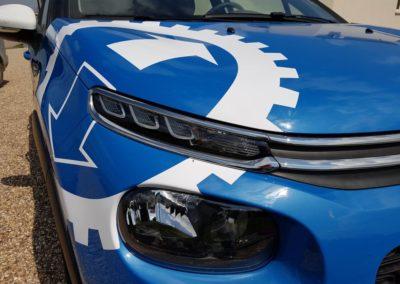 Décor adhésif sur véhicule léger entreprise LORMAT