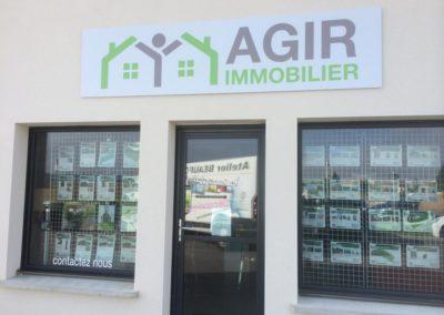 Enseigne bandeau et vitrine agence immobilière AGIR IMMOBILIER