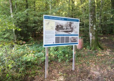 Panneau faisant parti du parcours historique au canon de Duzey : création graphique, fabrication et pose.